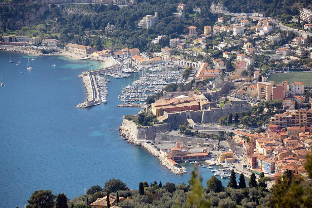 Hotel villefranche sur mer bord de mer et coeur de - Piscine de villefranche sur saone ...