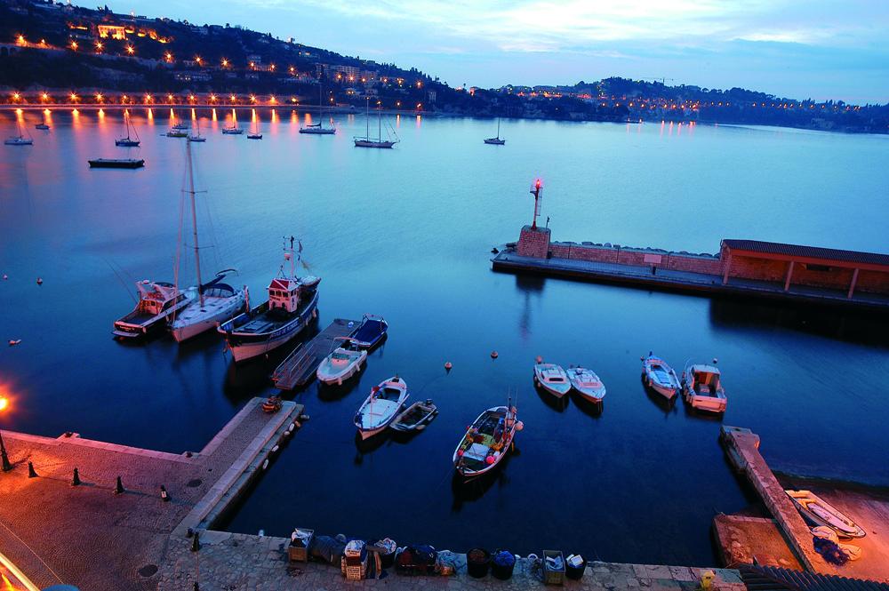 Hotel villefranche sur mer bord de mer et coeur de - Piscine de villefranche ...